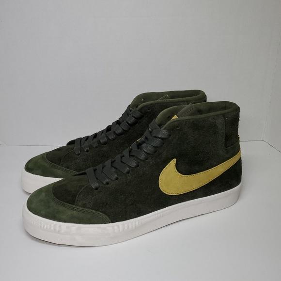 reputable site e30c6 ee4a9 New Nike SB Zoom Blazer Mid QS Club 58 NWT